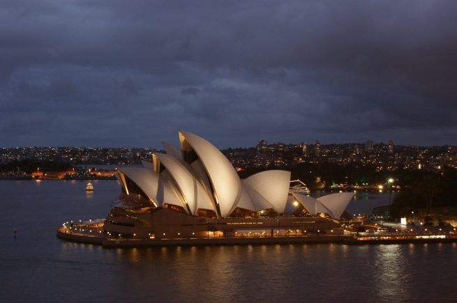 charter flights to australia